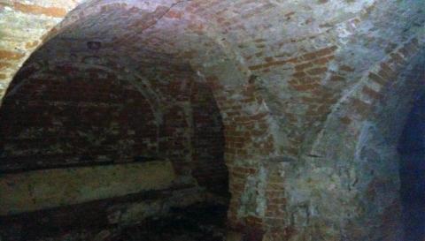 Вцентре Омска под будущей многоэтажкой отыскали старые катакомбы