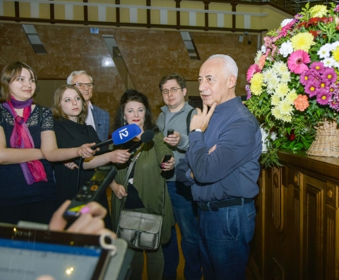 Владимир Спиваков приглашает нафестиваль вОмске