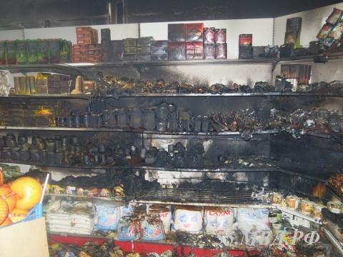 Омич поджег магазин из мести продавцу