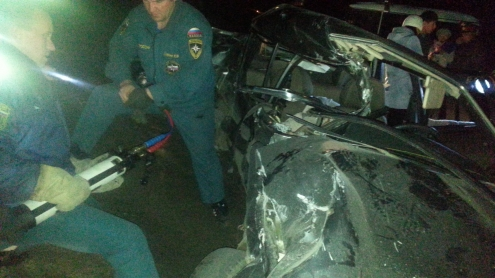 """В Омской области четыре человека погибли в столкновении поезда и """"ВАЗа"""""""