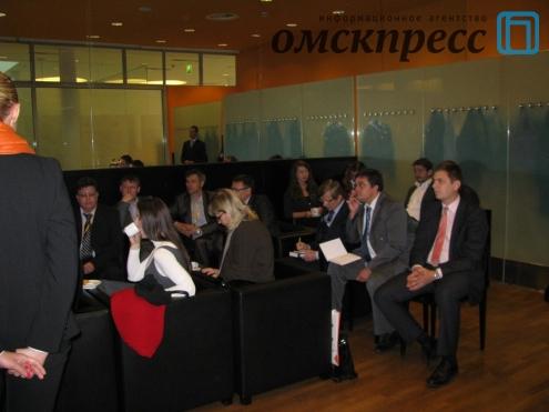 Федюнин и Микоян устроили омскому бизнесу евроконтакт