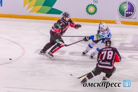 """Омский """"Авангард"""" потерял очки в последнем домашнем матче"""