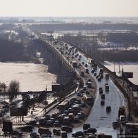 В Омске разрешили беспрерывное движение при въезде на Ленинградский мост