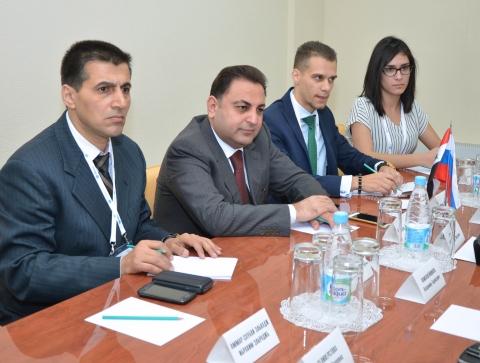 Сирийские студенты смогут приезжать в Омск для обучения русскому языку