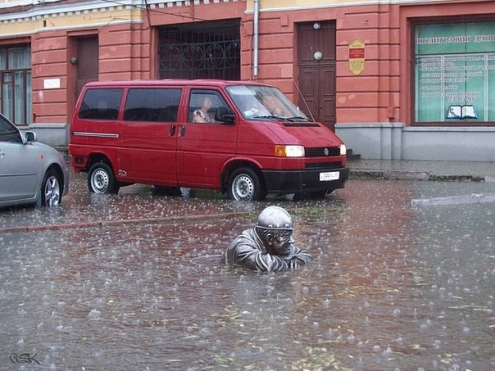 В Омске прошел сильный ливень с градом
