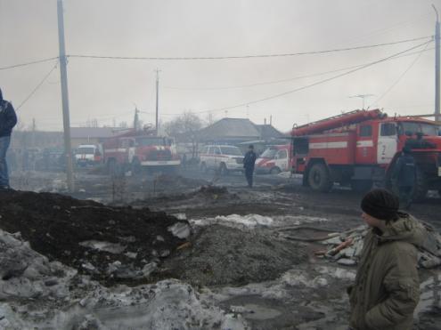 Пожар в Омске охватил пять частных домов