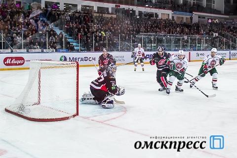 """Омский """"Авангард"""" бился с """"Ак Барсом"""" до овертайма"""