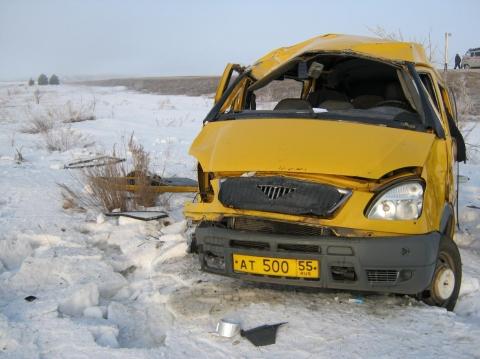 На трассе в ДТП с двумя маршрутками пострадало пять пассажиров