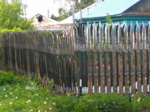 забор из лыж в Омске