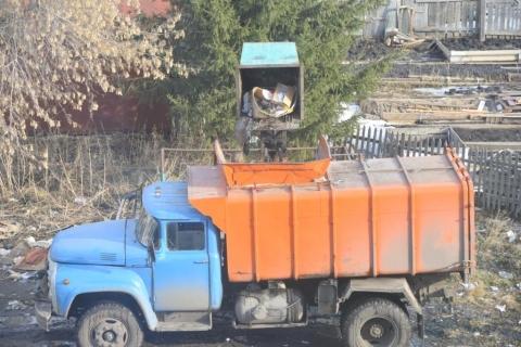 Вывоз мусора жителям Омска советуют снимать на камеру