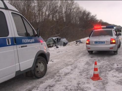 В аварии на трассе Омск – Нижняя Омска погибли три человека