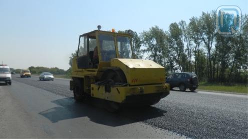 На федеральных трассах Омска продолжается ремонт