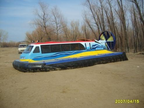 """Омские """"амфибии"""" будут использовать для перевозок пассажиров на Камчатке"""