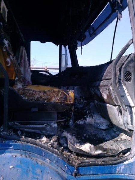 Водитель грузовика спас омский завод от пожара