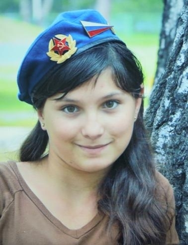 Сутки назад в Омском районе пропала 12-летняя девочка
