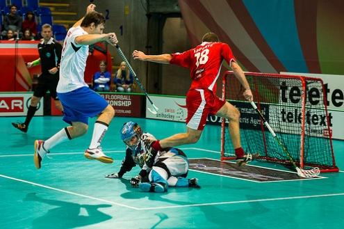 Омский флорболист Павел Семенов стал лучшим игроком сборной России в первом матче чемпионата мира