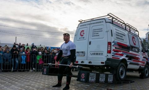 Омичи Михаил Шивляков и Евгений Марков победили силачей из США