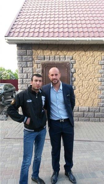 Действующий чемпион мира по футболу приехал в Омск, чтобы перекусить в армянском ресторане