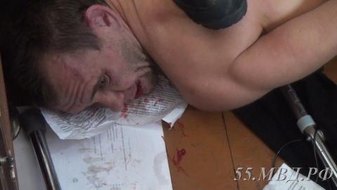 В Омске сотрудники полиции и Росгвардии освободили 13-летнюю заложницу (фото)