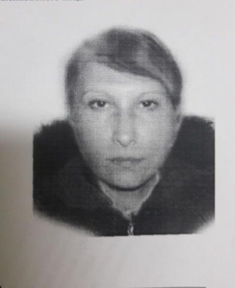 Мошенница обокрала омскую пенсионерку, давшую ей попить