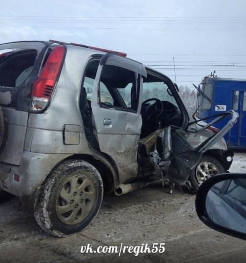 Автомобиль Daihatsu