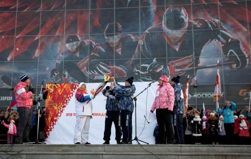 В Омске зажгли олимпийскую чашу