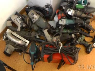 Домушника, воровавшего электроинструменты, нашли по кроссовкам
