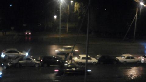 Длинное ДТП из девяти машин произошло в Омске поздно вечером