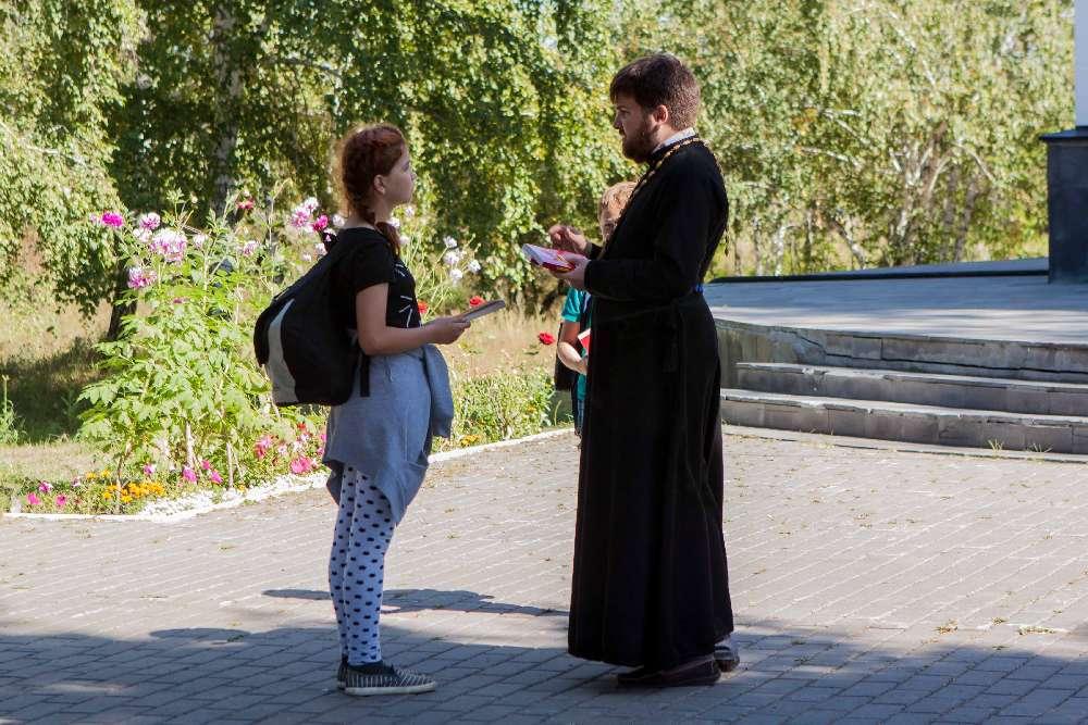 Омские православные помолились в парке Победы об экологии