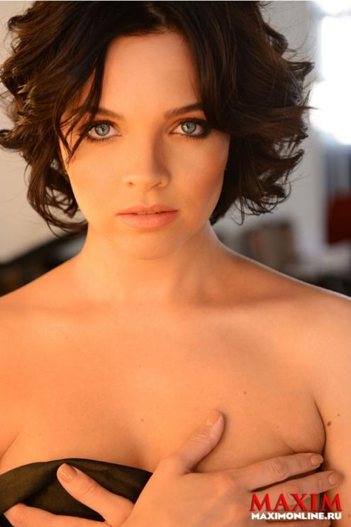 Актриса из Омска попала на обложку Maxim