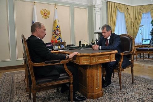Путин назначил Шойгу министром обороны вместо Сердюкова
