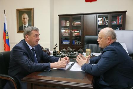 Виктор Назаров отчитался в Москве за строительство жилья для омичей