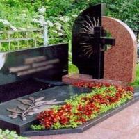 Омич похитил у пенсионерки 140 тысяч рублей, предназначенные для изготовления надгробия
