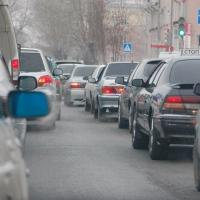 На расширение дороги по улице 10 лет Октября в Омске могут потратить 2,5 миллиона рублей