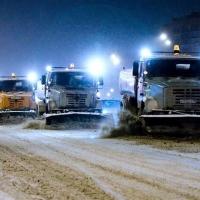 Омские дороги дважды подмели из-за снегопада