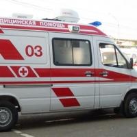 В Омске пьяный мужчина выжил после падения с пятого этажа