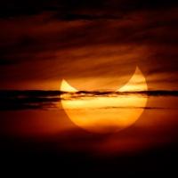 Весной 2015 года омичи увидят частичное солнечное затмение