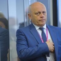 Назаров получил удостоверение сенатора