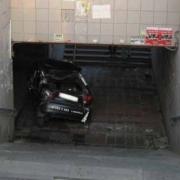 В Омске автомобиль въехал в подземный переход