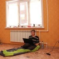 Бывшие детдомовцы Омской области не могут получить квартиры даже после суда