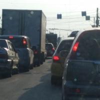 Омских автолюбителей предупреждают о затруднении движения на улице Масленникова