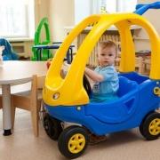 Омское правительство требует от муниципалитетов срочно найти участки для детских садов