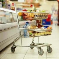 Фиксированный набор товаров и услуг в Омской области за месяц подешевел на 1%