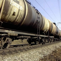В Таврическом районе утром грузовик столкнулся с поездом
