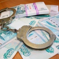 В Омской области экс-менеджер банка похитила со счета клиента 664 тысячи рублей