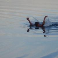 За спасение ребенка из воды в МЧС наградили омичку