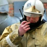 В Омске пожар на заводском складе тушили 39 спасателей