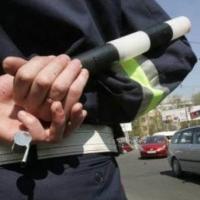 Пять лет колонии получил омич, «прокативший» полицейского на капоте своей машины