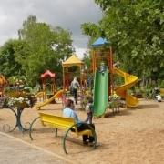 Омские площадки для детей перенесли в интернет
