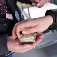 Глава дептранспорта и ПП №8 возвращают омичам деньги за проезд